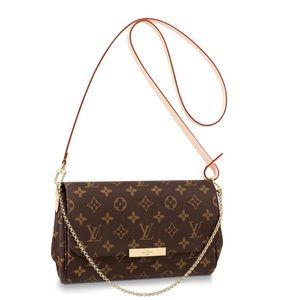Louis Vuitton clutch!!